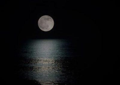 Gece-ay-deniz-manzara1